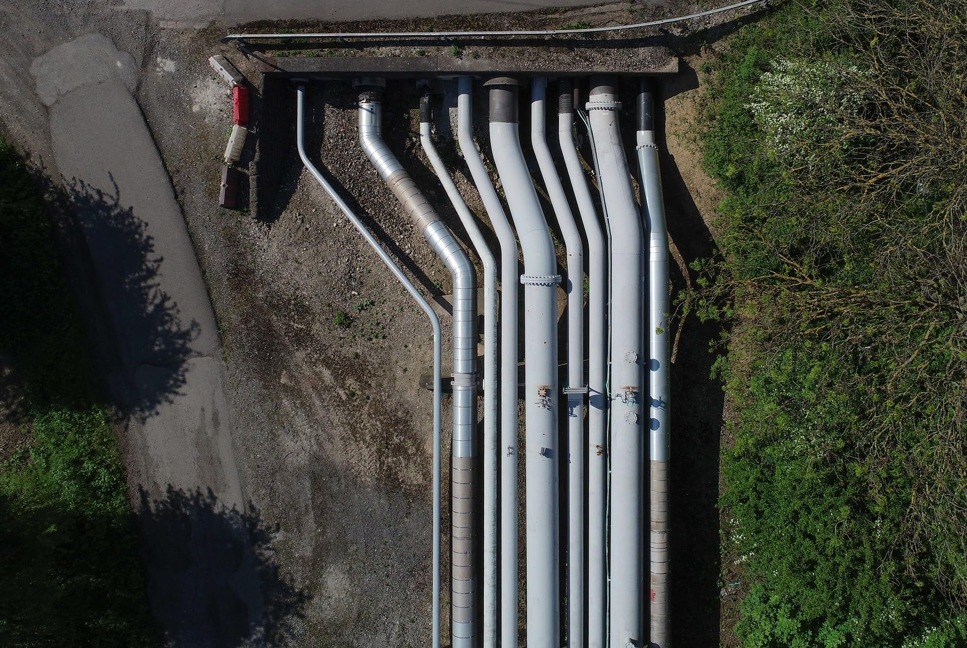 Drone pipeline survey